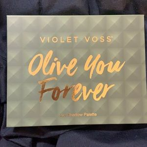 NWT Swatched Violet Voss Olive You Forever Palette
